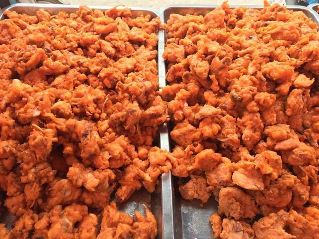 别再去街头买炸鸡了,教你在家做,鸡肉外焦里嫩,比外面卖的好吃
