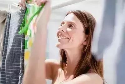 衣服不管染上什么,用这招都能洗掉,太实用了!