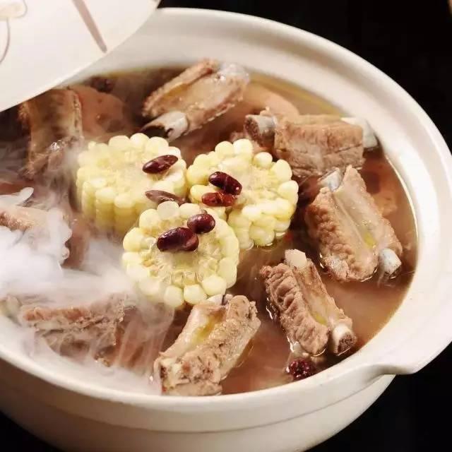 到处吃 | 藕然间发现一家好吃的养生排骨藕汤