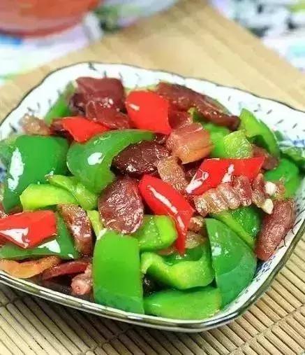 15种腊肉的做法,好吃到流油!详细做腊肉食谱!