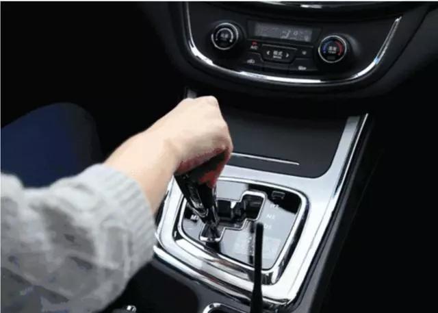 驾驶技巧之老司机炼成记,手动挡怎样起步快又不熄火