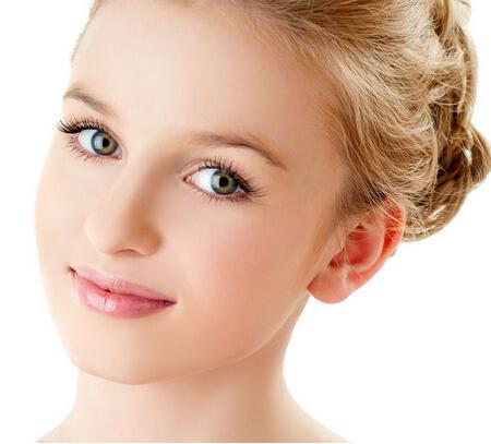 女生右眼皮跳是什么预兆 右下眼皮跳该怎么治