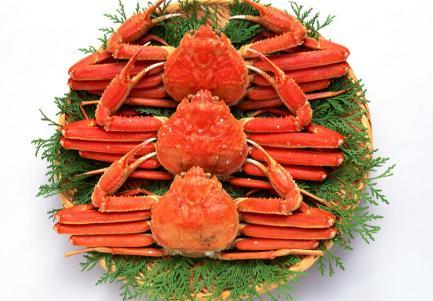 吃螃蟹不能吃什么食物水果,切记!