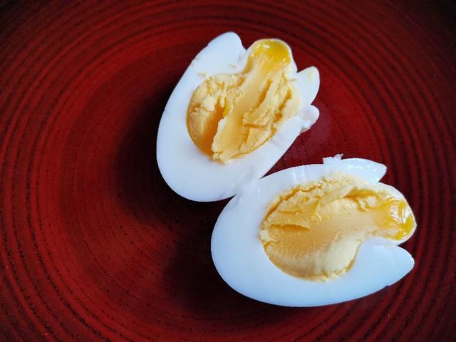 煮鸡蛋是冷水还是开水下锅?几分钟才能煮出完美的鸡蛋?